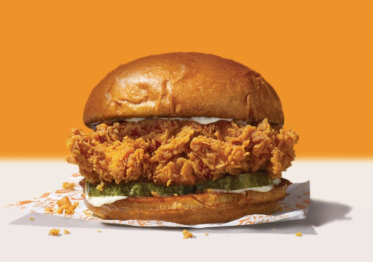Group Armed With Gun Demand Chicken Sandwiches at Popeyes